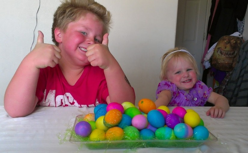 Dying Easter Eggs!