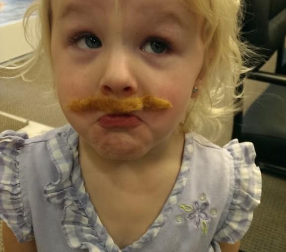 Mustache Ciara